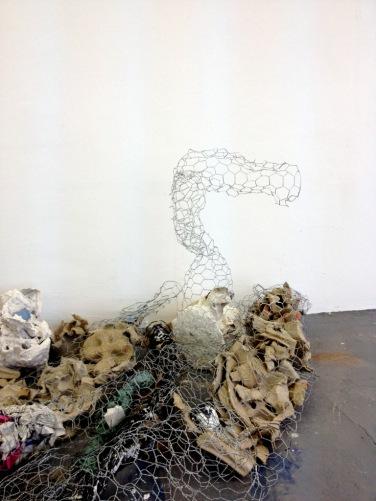'Horse' wire installation